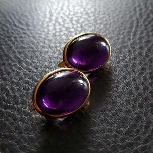 VTG Trifari clip on earrings